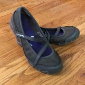 Skechers Slip-Ons (7)